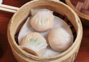 内馅若隐若现的港点素饺,用无筋面粉做出半透明的外皮。